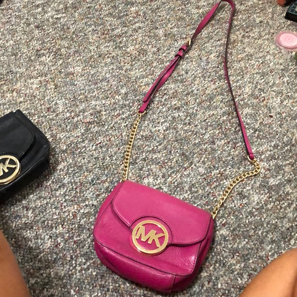 Michael Kors Handbags - MK purse